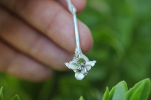 Flourish vertebra succulent necklace