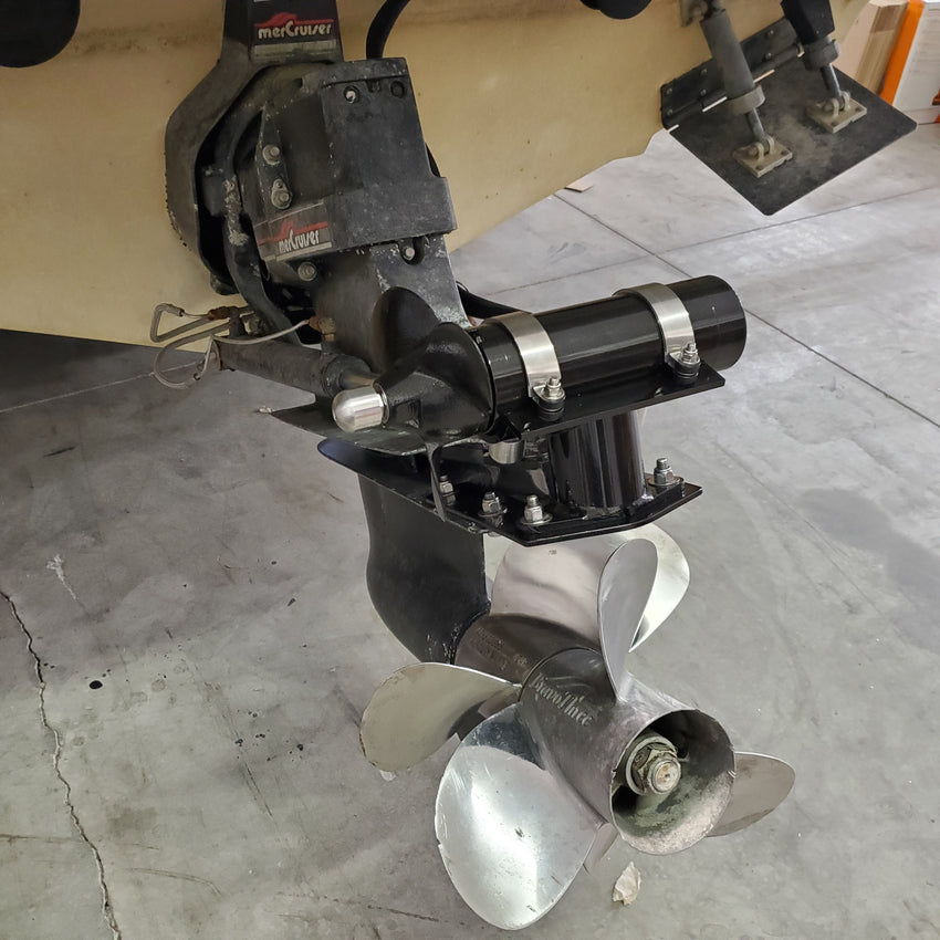 ST230-OB Outboard + Sterndrive Mounted Stern Thruster
