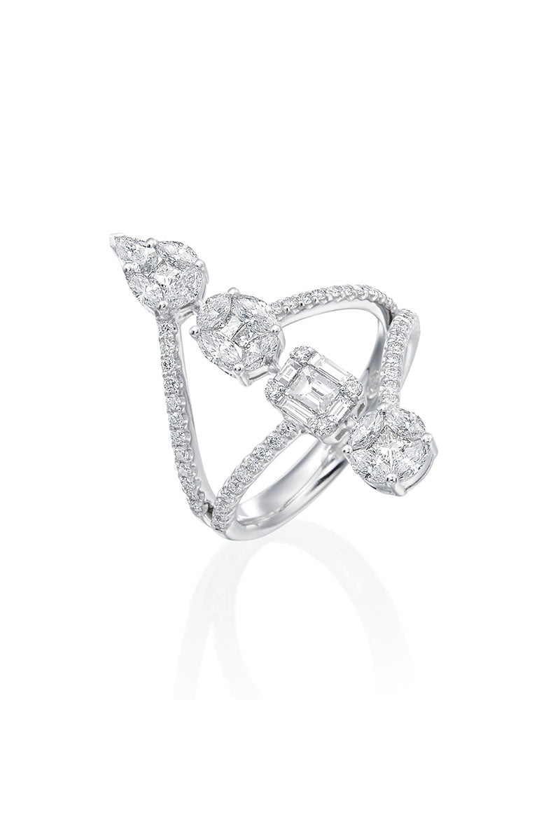 Boyds Essentials, 18kt White Gold Diamond Illusion Ring