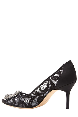 Manolo Blahnik, Hangisila Lace Pumps