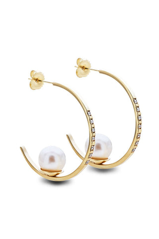 Joie DiGiovanni, Diamond Floating Pearl Hoops
