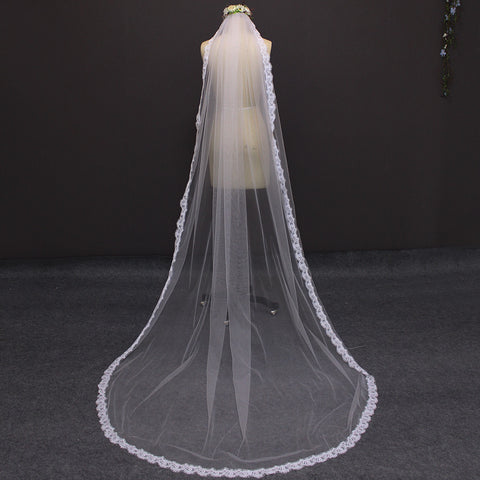 Narrow Lace Wedding Veil with Comb