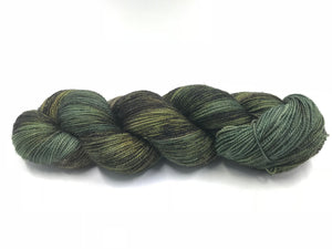 WILDERNESS 2 PLY (GOLD SPARKLE)