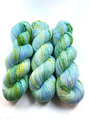 NORTHERN LIGHTS SOCK/FINGERING