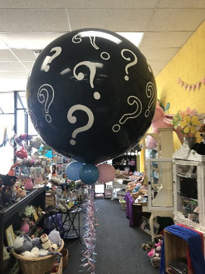 Gender Reveal 3 foot balloon. Filled with confetti and balloons.