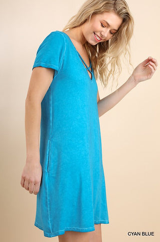 V-Neck Pocket Dress with Crossed Neckline.