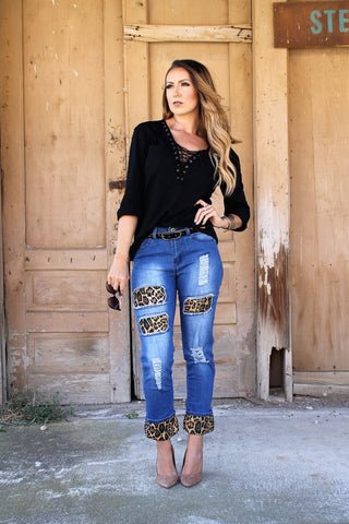 Mid Dark Relaxed Boyfriend Jean With Brown Leopard Detail LB111