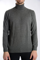 Cambridge Relaxed Fit Turtleneck Euro Sweater