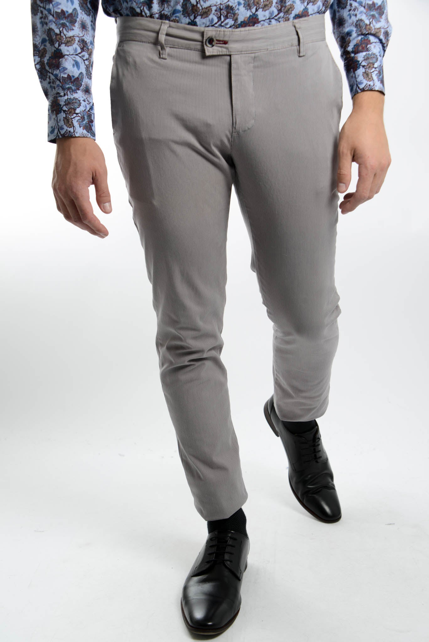 Euro Lightweight Thin Stripe Chino Pant