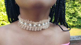 Lace and Pearls Choker