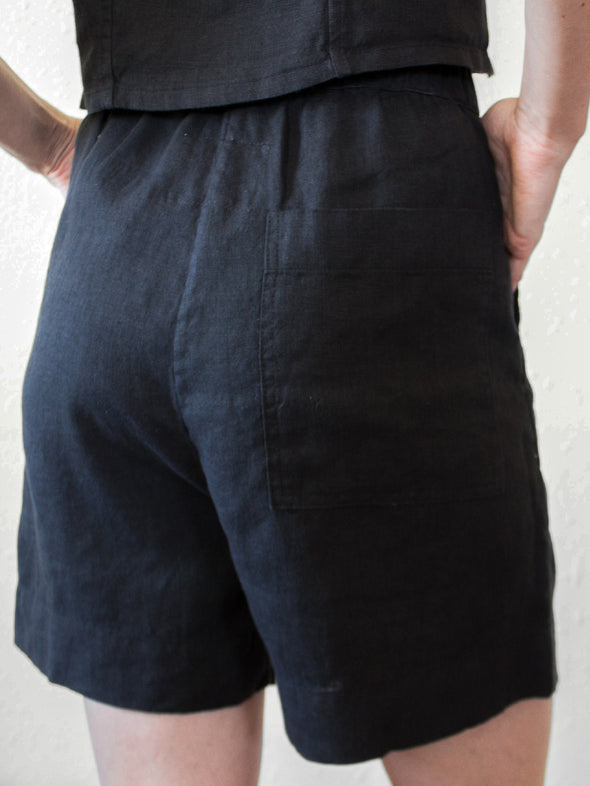The Acorn Shorts | Black