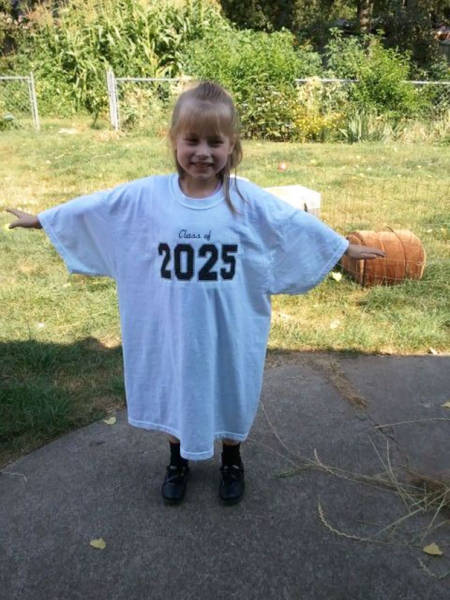 16-starting-in-kindergarten-put-your-child039s-graduation-year-on-a-large-t-shirt-and-take-a-picture-with-the-same-t-shirt-every-yea