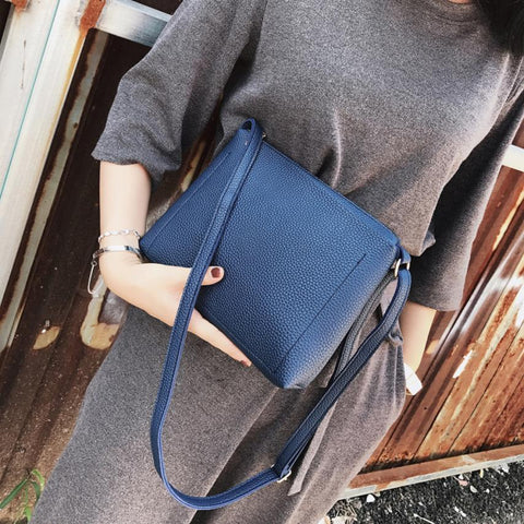 Free Women High Fashion Leather Crossbody Handbag