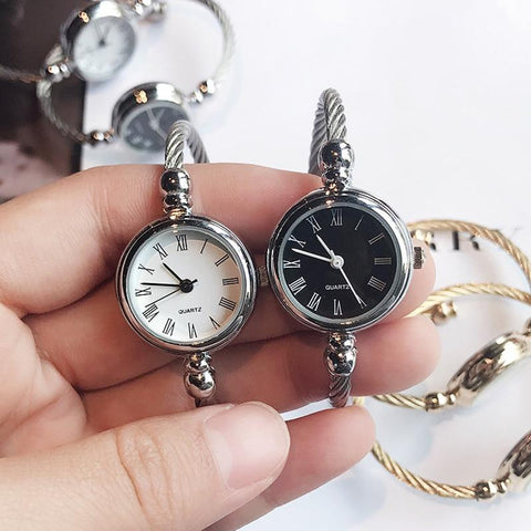 FREE Women's Quartz Retro Bracelet Watches
