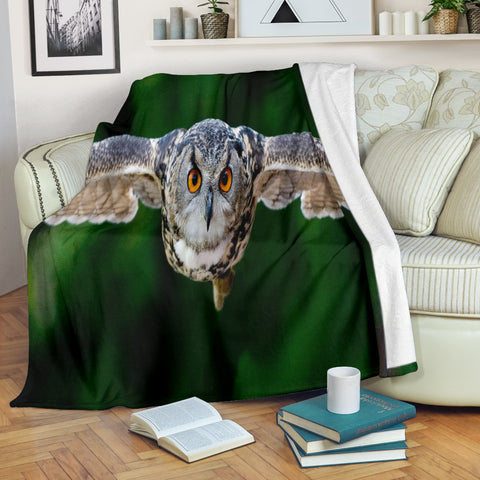 Owl In Flight Premium Blanket