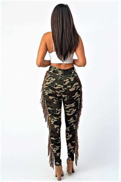 Fringe Distressed Camo Army Fatigue Skinny Jeans - pant