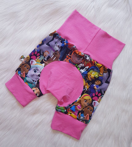 "Grow with me Shorties in ""Pink Paw"" print Size Large"
