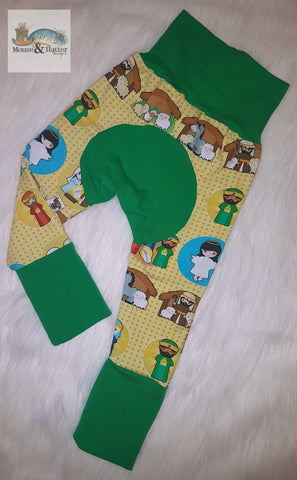 "Grow with me pants in ""Nativity Green"" print Size Large"