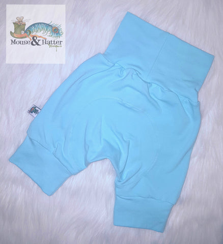 "Grow with me Shorties in ""Light Blue"" print Size Large"