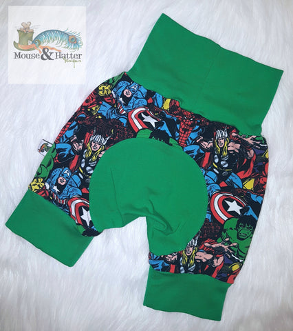 "Grow with me Shorties in ""Superhero"" print Size Large"