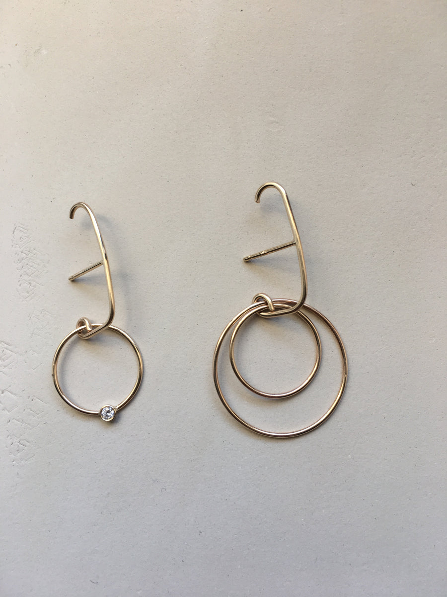 Chitara Hoop Suspender Single Earring