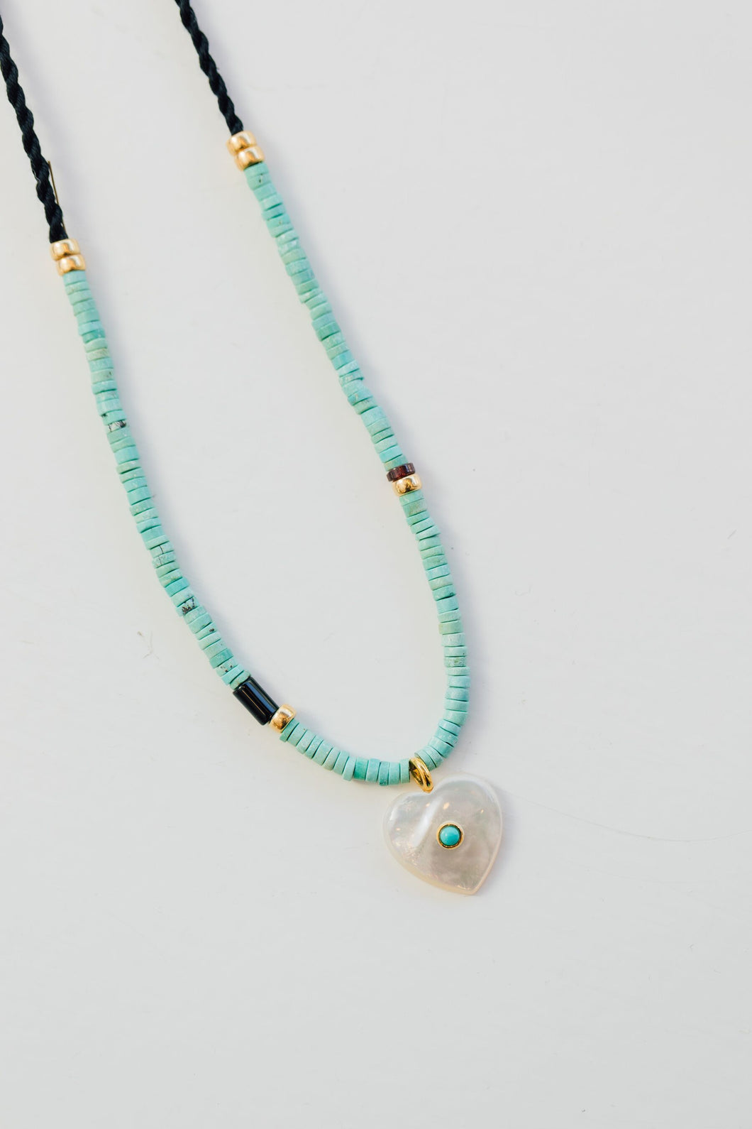Turquoise necklace with mother of pearl heart