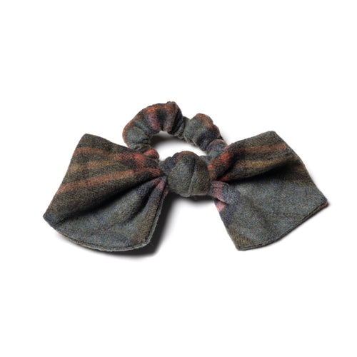 Stella Grey Plaid Scrunchies