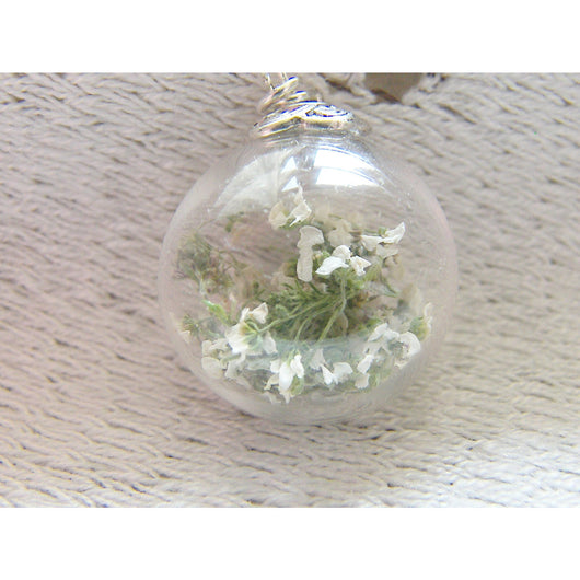Real Flower Necklace, Hand Blown Glass Orb,  Globe Necklace, White Baby's Breath, Flower Jewelry, Bridesmaids Gifts