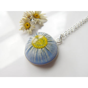 Daisy Necklace, Pressed Flower Jewelry, Resin Jewelry, Real Flower Necklace, Resin Flower Necklace