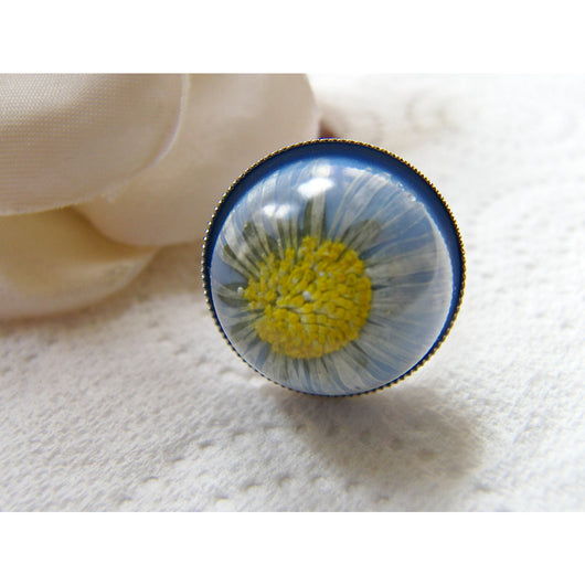 Daisy Ring, Daisy Jewelry, Blue Daisy Ring, Botanical Ring, Bridal Jewelry, Resin Ring