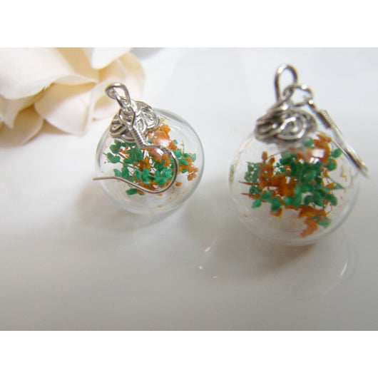 Baby's Breath Flower Earrings in Hand Blown Glass Beads, Gift for Women, Sister, Mom, Jewelry for Women