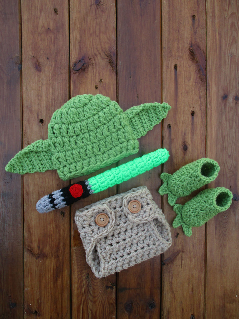 Star Wars Yoda Set Crochet Newborn Photo Prop - kgphotoprops