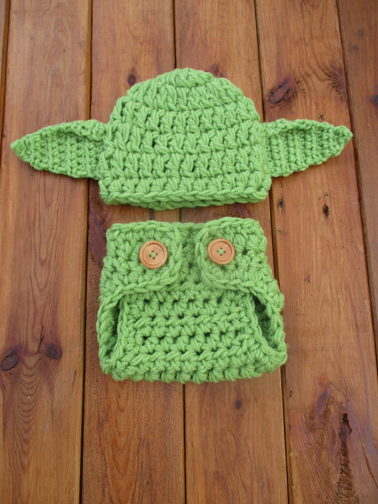 Green Crochet Baby Yoda Set Star Wars Baby Outfit Newborn Photo Prop - kgphotoprops