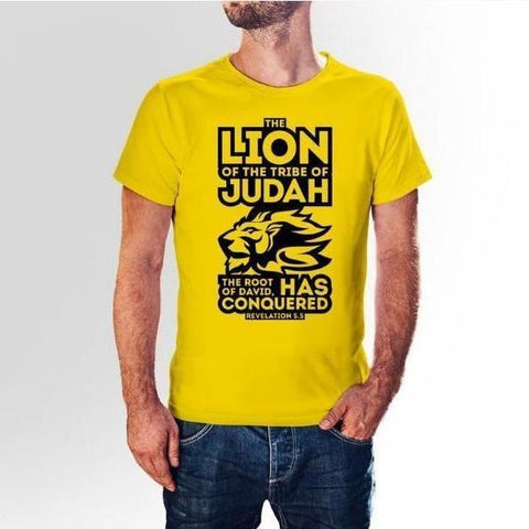 "Camiseta Masculina de Manga Curta - ""The Lion Of The Tribe Of Judah"" MASCULINO / GG Clubdaestampa CAMISETAS santificado.myshopify.com Santificado Store"