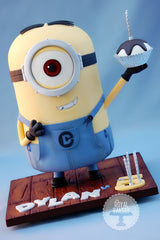 Minion cakes | The party project blog