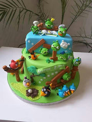 Angry Birds Cakde design by Andre Robe.