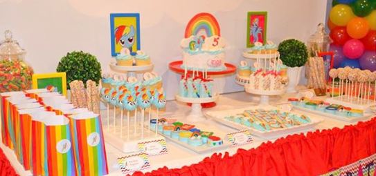 My Little Pony Party idea- Rainbow Dash Dessert Table- Rainbow dash treats-My litle Pony party foods-Rainbow Dash party inspiration by the party project