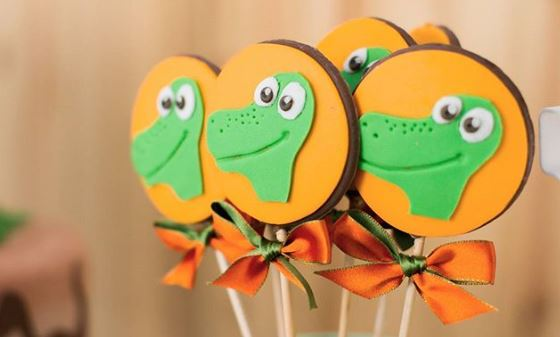 Dinosaur cookies- Dinosaur dessert table- Dinosaur party inspiration- Dino party foods- Dino treats-The Good Dinosaur Birthdat-www.thepartyproject.us
