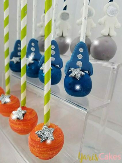 Out of Space cakepop ideas by www.thepartyproject.us