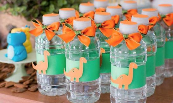 Dinosaur bottle label-Dinosaur water bottle decorations- Dinosaur party ideas-Dinosaur mini cake-Dinosaur candy bar-Party inspirations-Birthday- by the party project