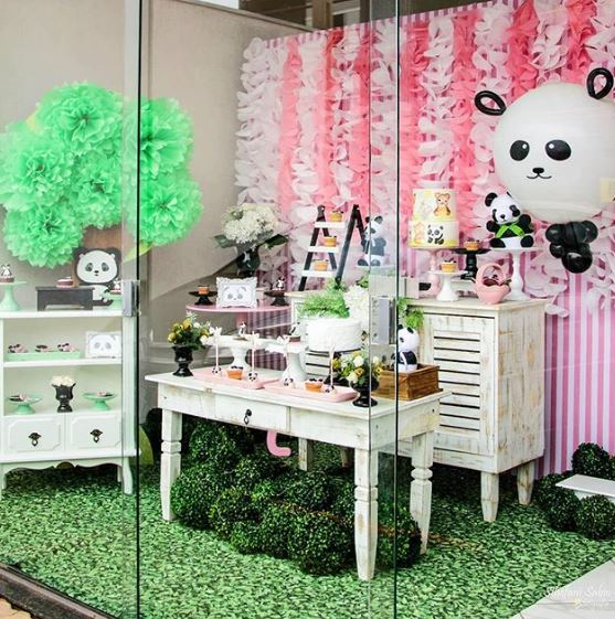 Panda birthday party-Baby shower idea- Girl Panda party-Panda Birthday dessert table-party inspirations-www.the.partyproject.us