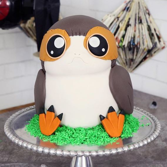 THE PARTY PROJECT | Porg cake tutorial | Star Wars Party cake idea!