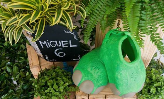 El buen dinosaurio party-Dino Party decorations-The good Dinosaur party idea-Dinosaur party inspiration-www.thepartyproject.us