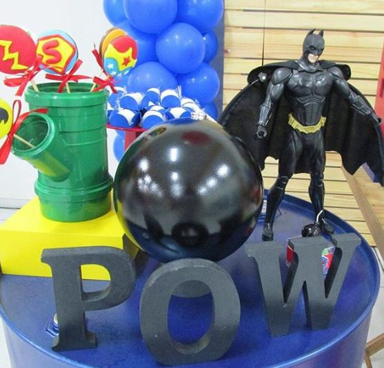 Justice League party inspirations-Justice league center pieces-Justice League decor table-justice League party-Justice League dessert Table.by the party project-fiesta tematica Liga de la justicia-by the party project