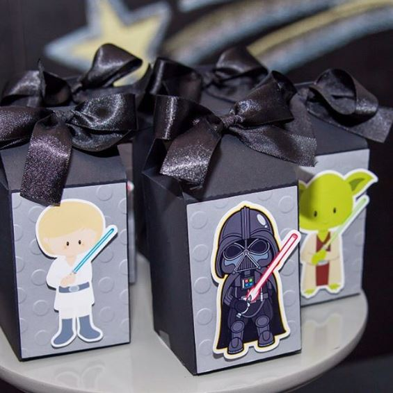 Star Wars party - favor box idea by thepartyproject.us