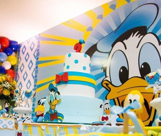 Donald Duck party ideas-Donald Duck candy bar- Donald Duck Birthday party-Donald Duck cake-Disney party-Donald Duck cakepops-Donald Duck decorations-www.thepartyproject.us