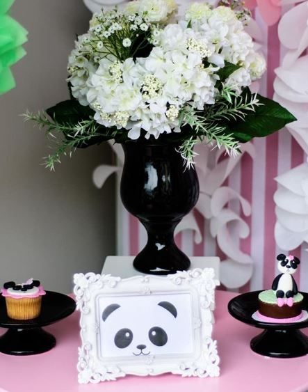 Panda Birthday party-Baby shower idea-Girl Panda party idea-Panda Birthday decorations-Birthday party-Party inspirations-www.thepartyproject.us