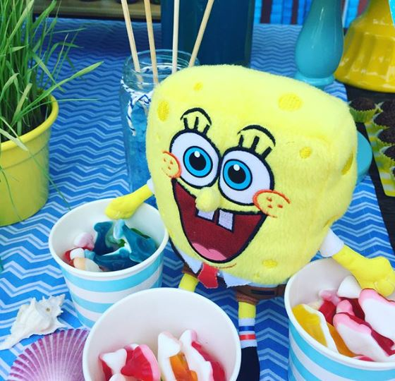 Sponge Bob treats-Party foods-Sponge Bob party ideas- Sponge Bob candy bar- Birthaday Party-www.the partyproject.us