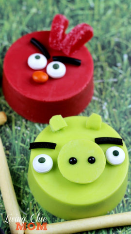 Angry Birds chocolate covered oreos