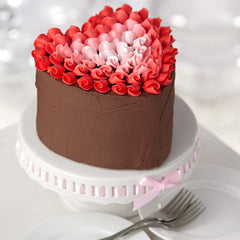 Wilton Heart shaped cake recipe | Valentines day gift ideas - The Party Project blog.